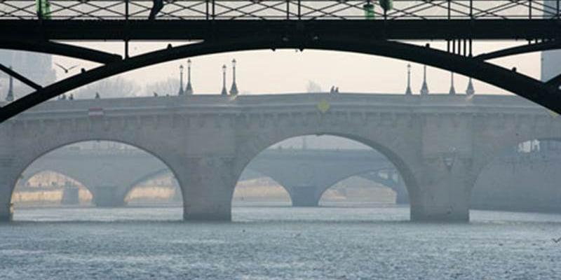 vedette sous pont neuf