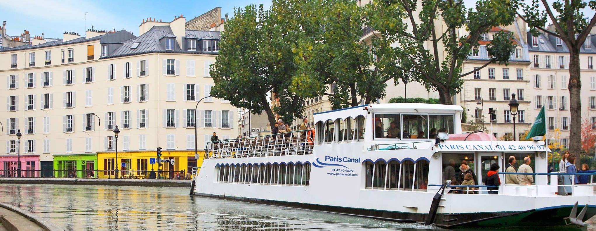 Bateau-Seine-Péniche-Dîner-croisière