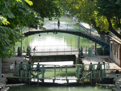 Canal Saint-Martin Passerelle Artletty